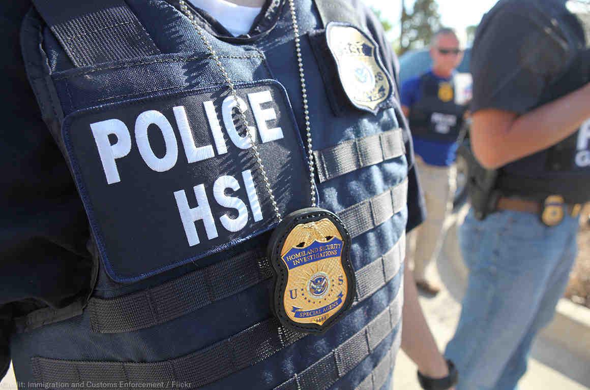 Disminuyen las deportaciones y arrestos de migrantes dentro de EEUU. ICE dice que se debe a la crisis migratoria